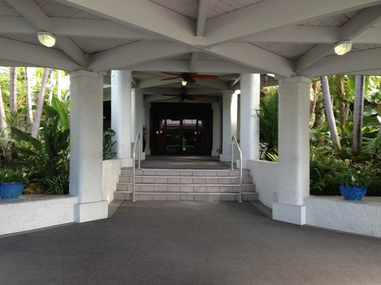 South Seas Island Resort: Main Lobby Entrance