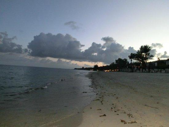 Samui Laguna Resort: Strand