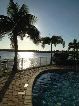 Boca Ciega Resort & Marina: Solnedgång