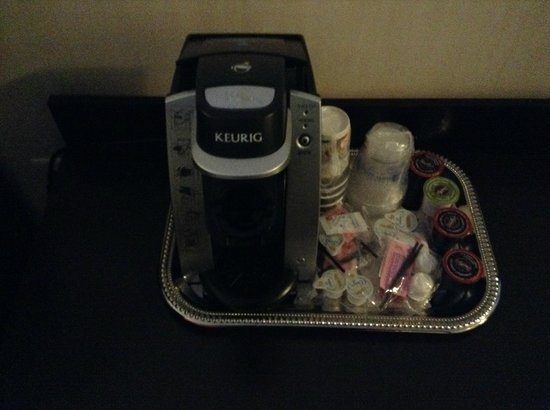 BEST WESTERN PREMIER C Hotel By Carmen's : Keurig Coffee/Tea Maker