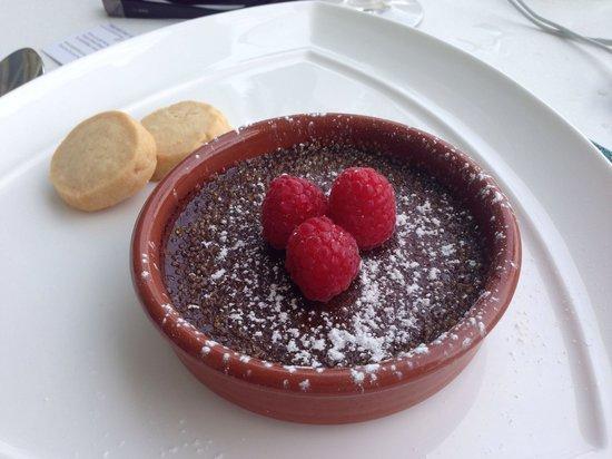 Pelican Grand Beach Resort, A Noble House Resort: I love it! I love it! I love it!!! The best American dessert in the world!!! 10+
