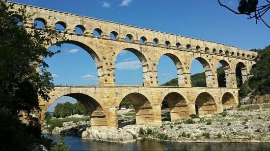 Pont du Gard : cadre magnifique!!
