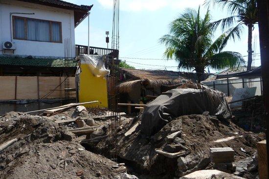 Pesona Beach Resort & Spa : Baustelle