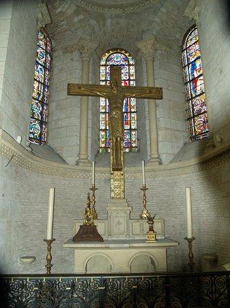 Large Crucifix Basilique Saint-Sernin Toulouse