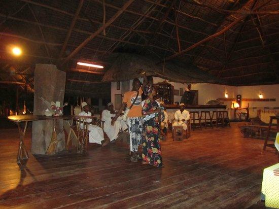 Hakuna Majiwe Beach Lodge: Serata Swahili