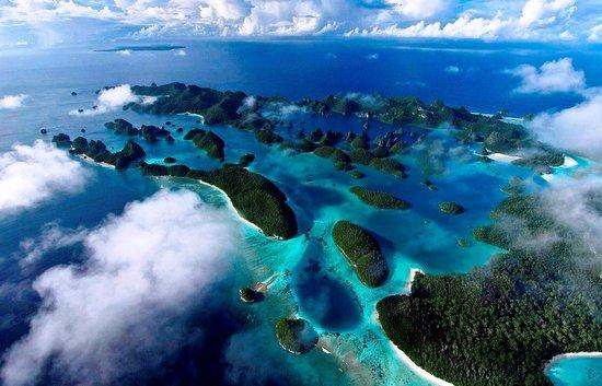 Raja Ampat Islands: Pulau Raja Ampat