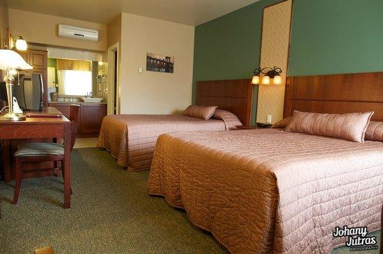 Hôtel-Motel Drummond : chambre classique 2 lits Queen