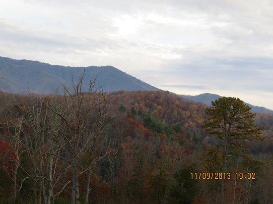 Bluegreen Vacations Mountain Loft Resort, Ascend Resort Collection : view from sliding door