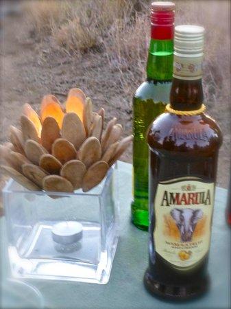 Madikwe Safari Lodge: Aaaahhhh, sundowners…..
