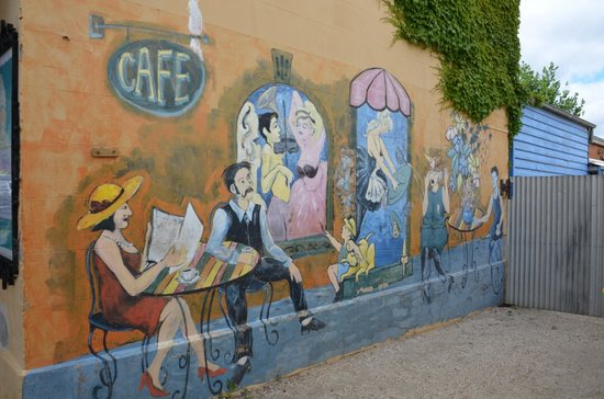 Saff's Cafe: Mural art work on the Saff's side wall