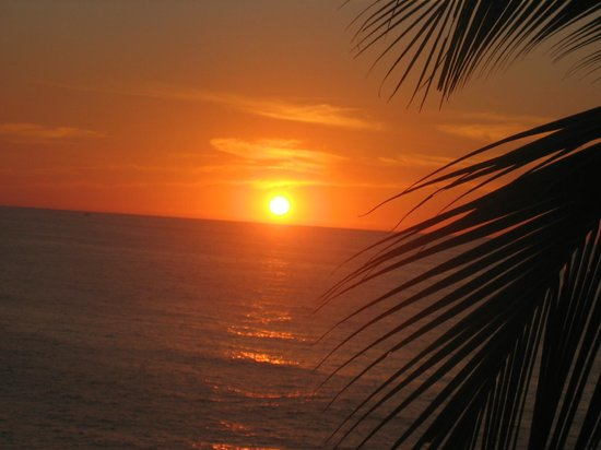 Amazing sunset view at Bungalows Lydia porches.