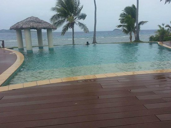 Mana Island Resort : beautiful pool