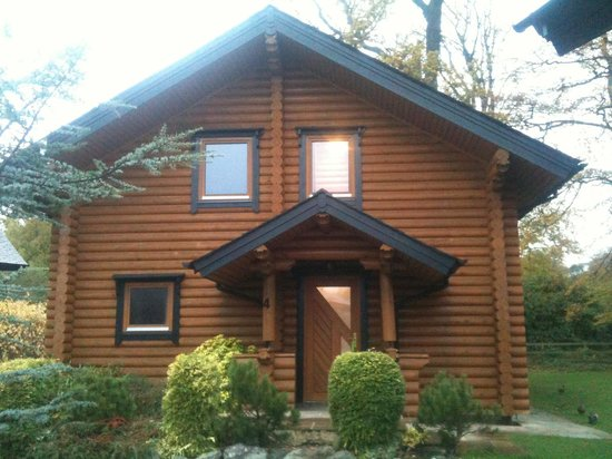 Ribby Hall Village Self Catering Accommodation: Pine lodge