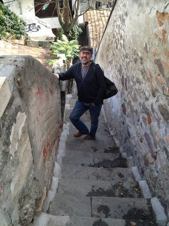 Rockhoppers Private Tours : Zoltan introduces us to hidden Hungary
