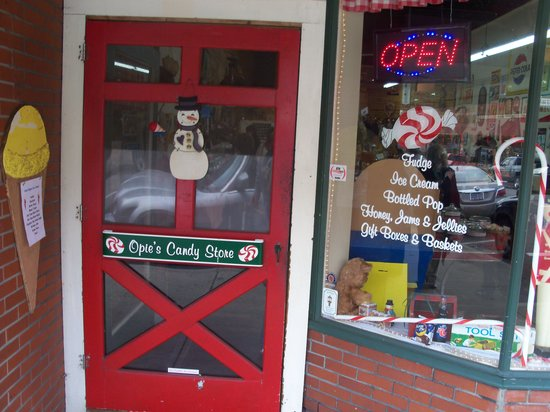 Opies Candy Store: Opie's Candy Store Mt. Airy