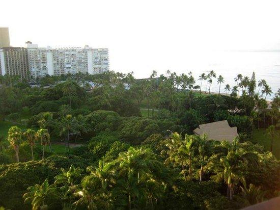 Hale Koa Hotel: Balcony view of a piece of paradise