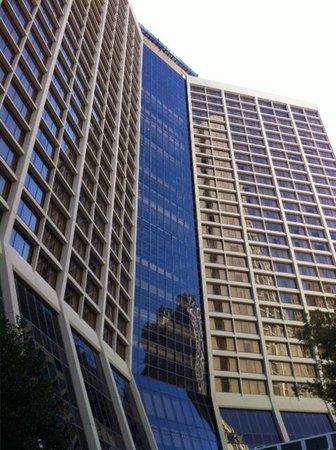 Hilton Atlanta : Building front door