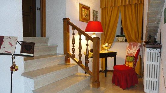 Hotel Lieto Soggiorno: Pallier del hotel en la planta alta