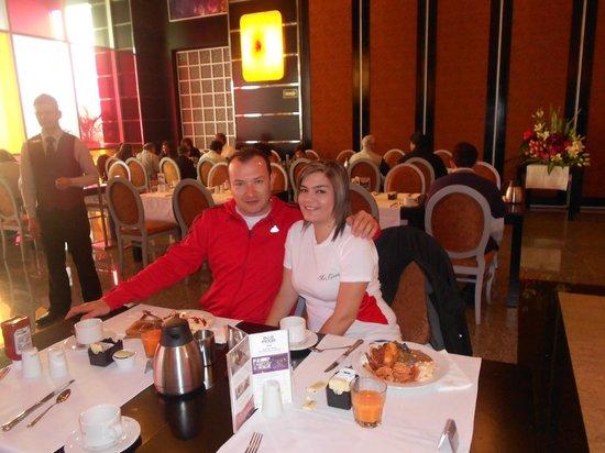 Hotel Riu Plaza Guadalajara: En el desayuno