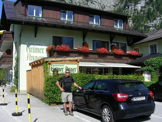 Gruner Anger: Front of hotel