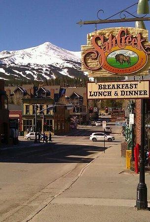 The Salt Creek Steakhouse : View looking west