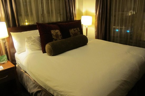 Jefferson Clinton Hotel : Bed