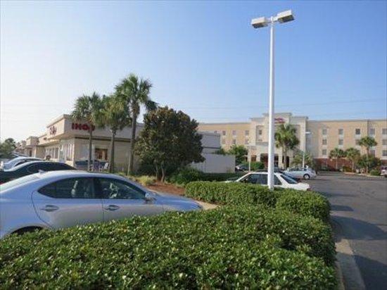 Hampton Inn & Suites Destin-Sandestin: This Hampton Inn is tucked into a plaza on busy 98