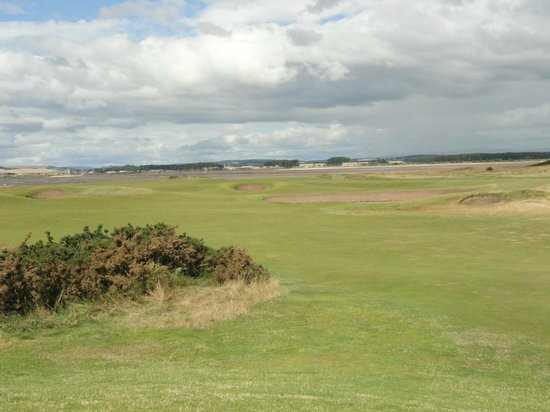 The Old Course Experience: A beautiful St Andrews day.