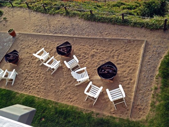 The Coho Oceanfront Lodge: View from balcony of Sunset Suite