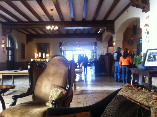 Holland Hotel: Lobby