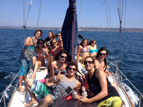 ITH Adventure Hostel San Diego: ITH Boat Parties!