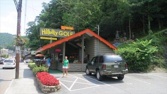 Hillbilly Golf : An icon in Gatlinburg, TN