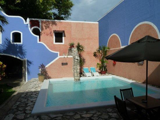 Hotel Casa de las Flores Playa del Carmen: Piscine