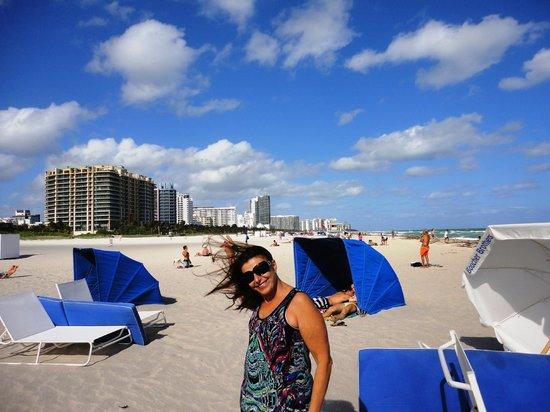 Hotel Beach Plaza: Praia em 5 minutos.