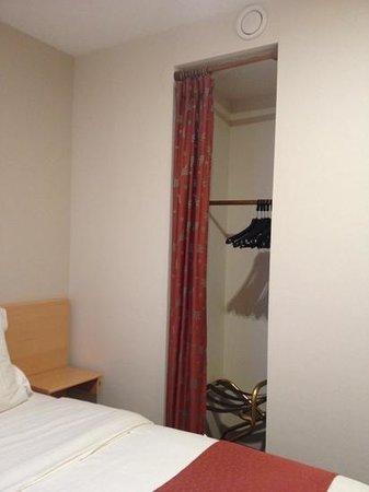 Hotel Fevery : closet