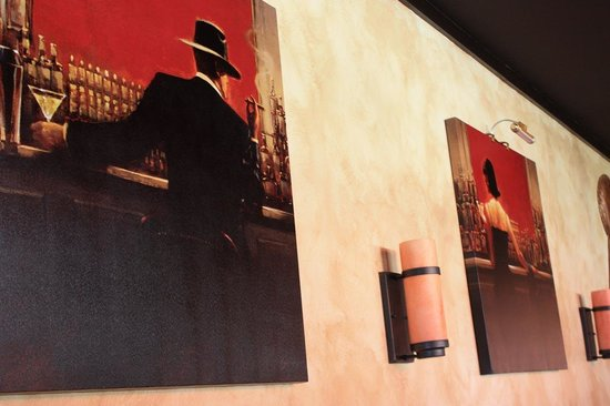 Mango Fondue & Grill: Connected Paintings