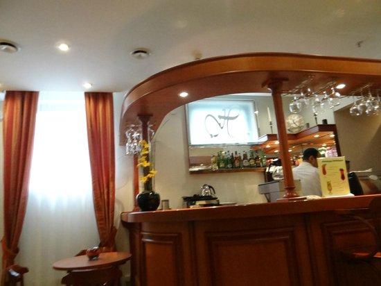 Assambleya Nikitskaya: Bar