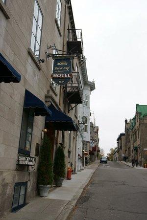 Manoir Sur-le-Cap: Hotel outside