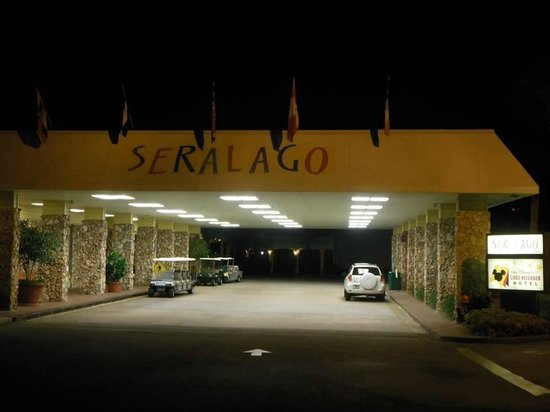 Seralago Hotel and Suites: Welcome