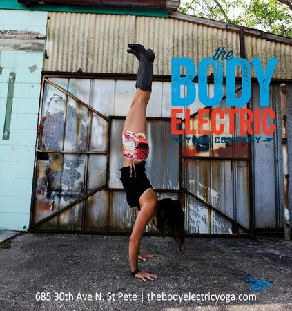 The Body Electric Yoga Company: Katelyn in an ad :)