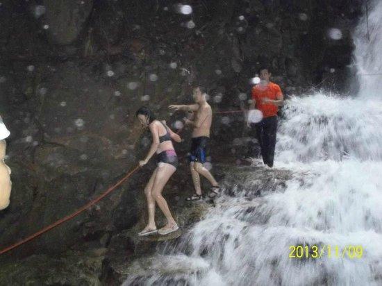 Adeline Villa & Rest House: Waterfalls