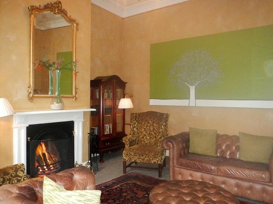 Cape Heritage Hotel: living room