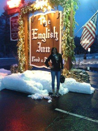 The English Inn: :)