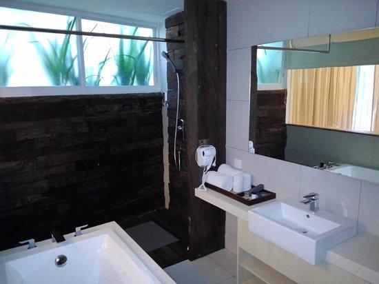 The Akmani Legian: Ванная комната