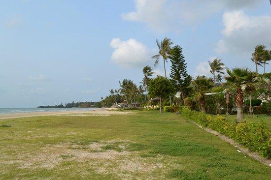 Shiva Samui – The New Name for Samui Beach Village: Пляж