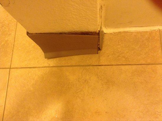 Red Roof Inn San Dimas - Fairplex : lovely bathroom