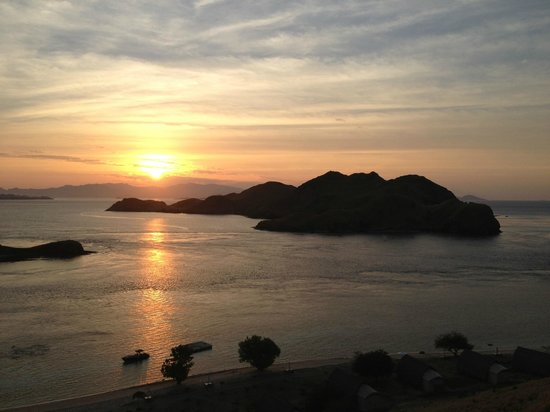 Komodo Resort & Diving Club: Sunset