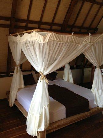 Komodo Resort & Diving Club: Room