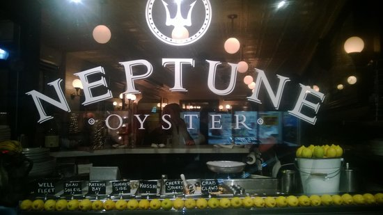 Neptune Oyster: Store Front
