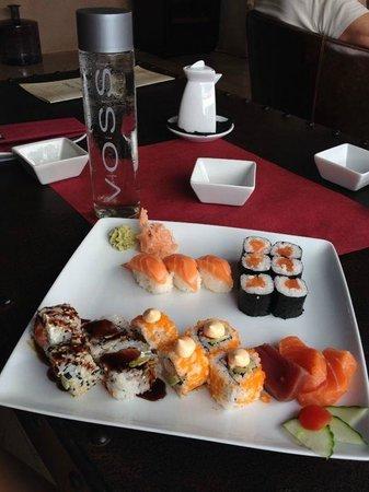LLum de Sal Sushi